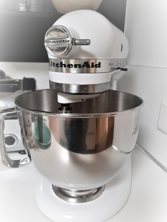Kitchen-aid-mixer-2-1566146931.jpg